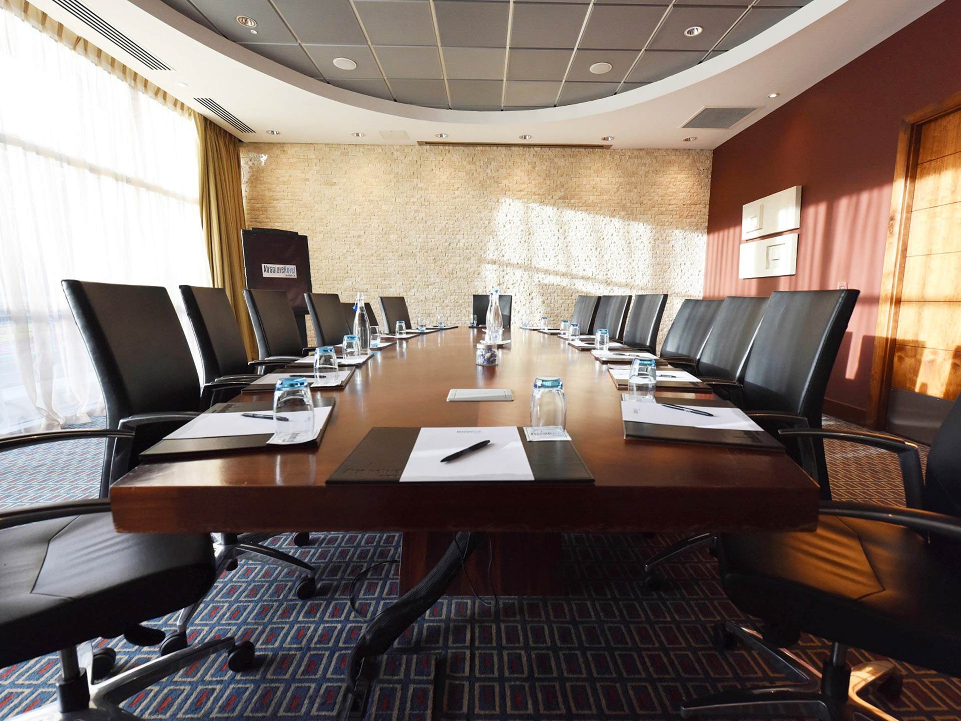Meeting rooms for hire limerick absolute hotel - Interior design ideas for conference rooms ...